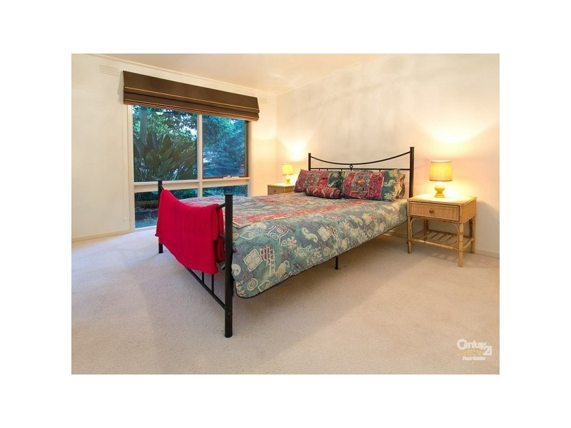 4 Camelot Court, Mount Eliza VIC 3930