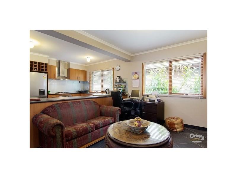 68 Mountain View Road, Mount Eliza VIC 3930