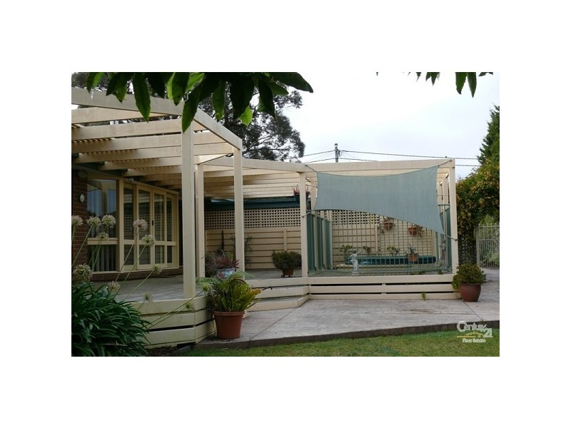 11 Yewers Avenue, Mount Eliza VIC 3930