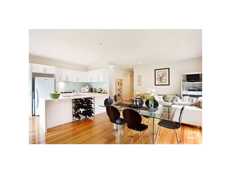 ... 2/37 Munro Avenue Ashburton VIC 3147 ...  sc 1 st  Homehound & 2/37 Munro Avenue Ashburton VIC 3147 | the real estate agency ...