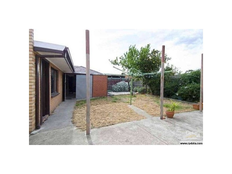 24 THE CIRCLE, Altona North VIC 3025