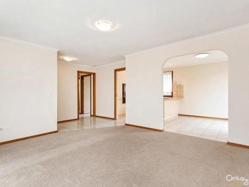1/6 Munro Court, Altona Meadows VIC 3028