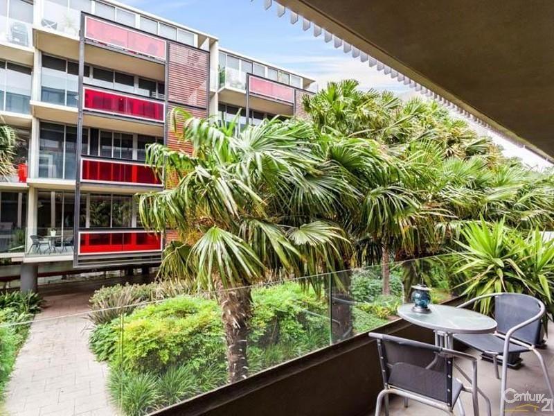 207/2 Rouse Street, Port Melbourne VIC 3207