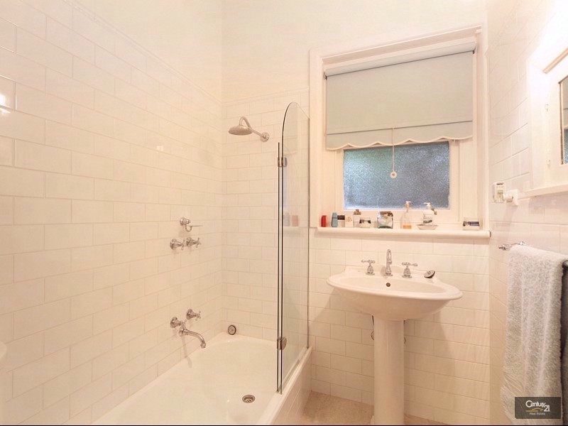 1/1 Fourth Street, Parkdale VIC 3195