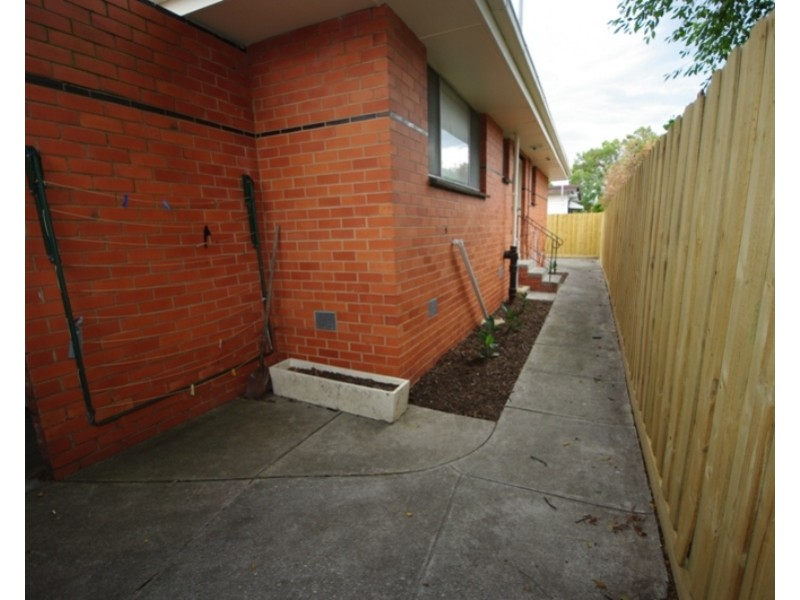 2/131A Jasper Road, Bentleigh VIC 3204