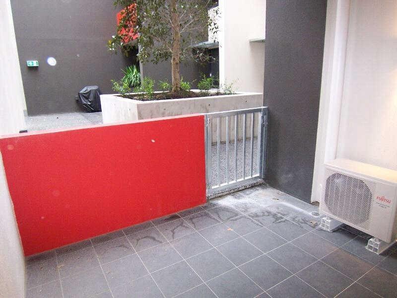 201/216  Rouse Street, Port Melbourne VIC 3207