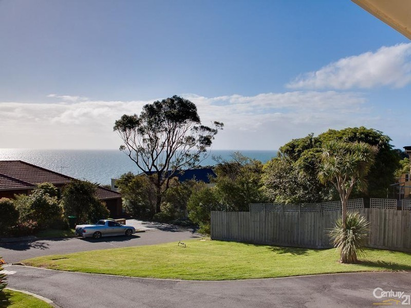 16 Tourello Road, Mount Eliza VIC 3930