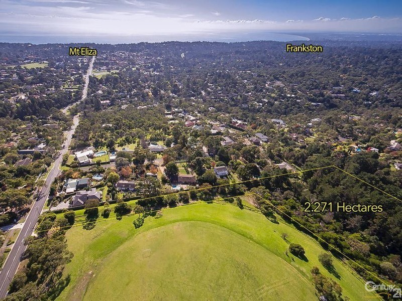 273 Canadian Bay Road, Mount Eliza VIC 3930