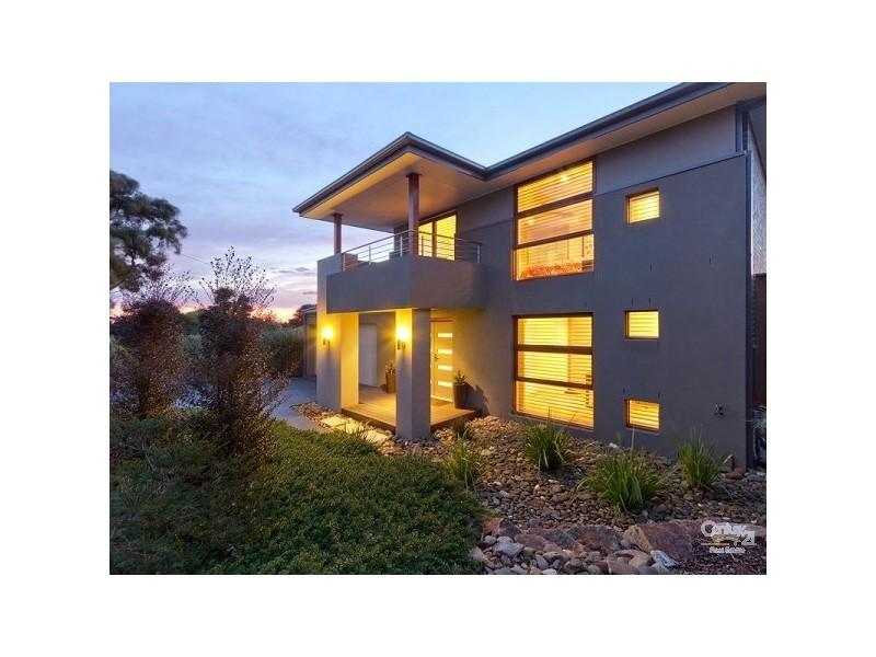 3 Mohilla Street, Mount Eliza VIC 3930