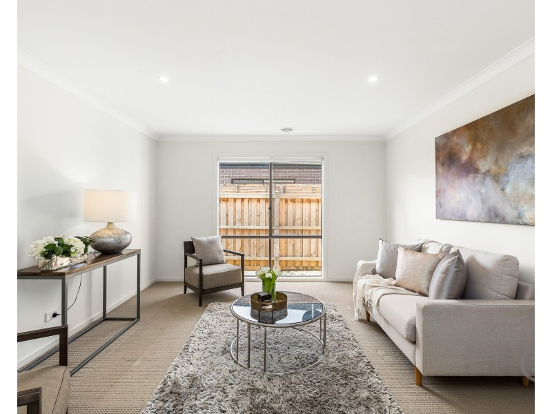 29 Solitude Crescent, Point Cook VIC 3030