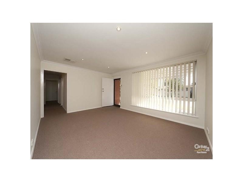 4 Glenhurst Court, Camillo WA 6111