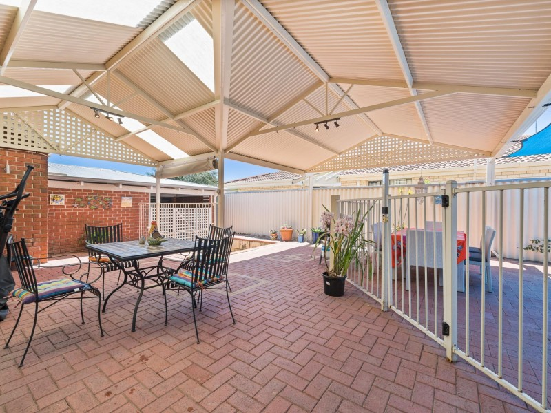 15 Aviemore Loop, Kingsley WA 6026