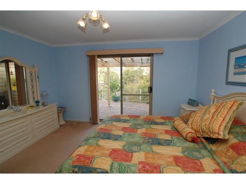 12 Banksia Road, Aberfoyle Park SA 5159