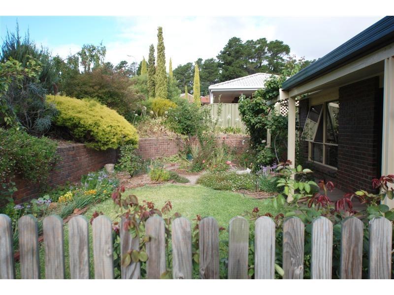 19 Walters Crescent, Aberfoyle Park SA 5159