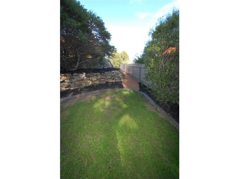 8 Willow Way, Aberfoyle Park SA 5159
