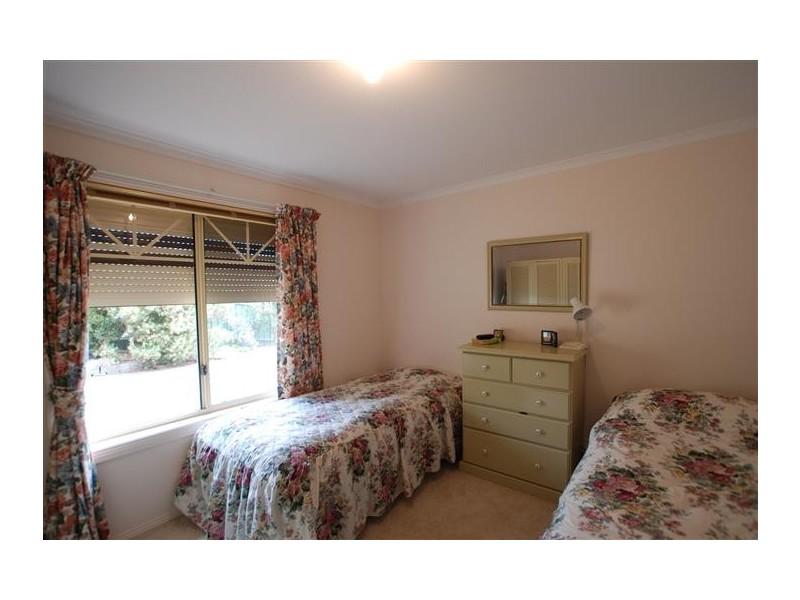 10a  Spring Park Cct, Aberfoyle Park SA 5159