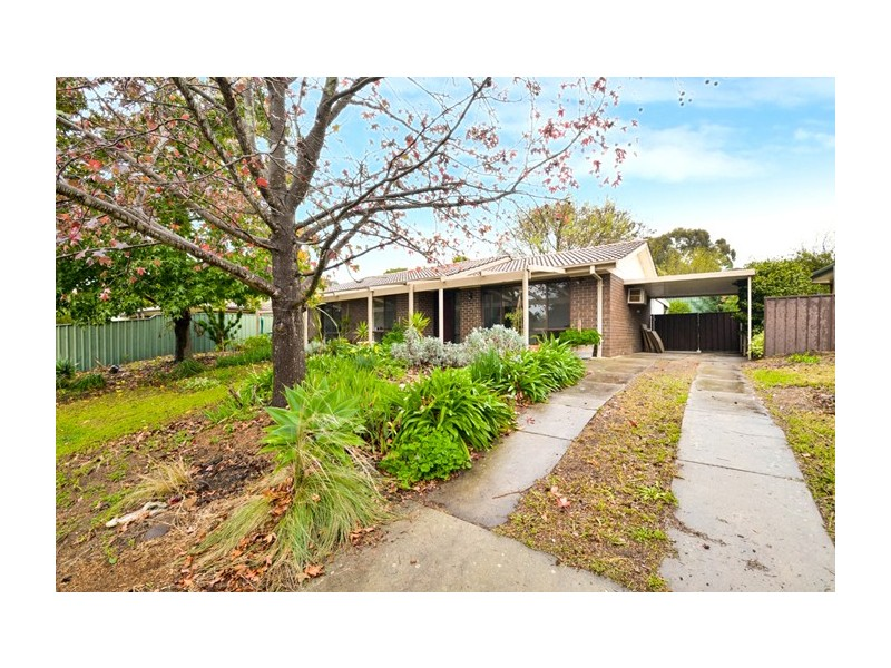 18 Summerford Road, Aberfoyle Park SA 5159