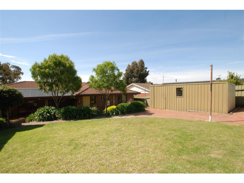 15 Maple Avenue, Aberfoyle Park SA 5159