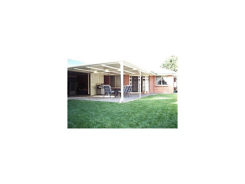 1 Nina Court, Aberfoyle Park SA 5159