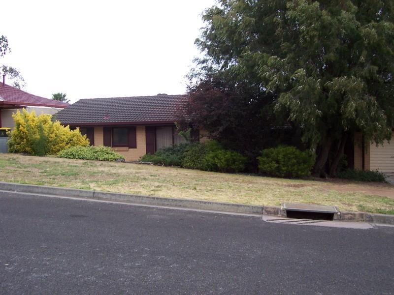 17 Kyre Street, Aberfoyle Park SA 5159