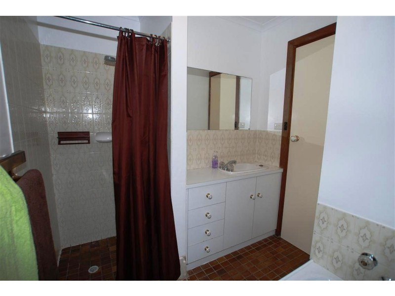 4 Shiraz Court, Aberfoyle Park SA 5159