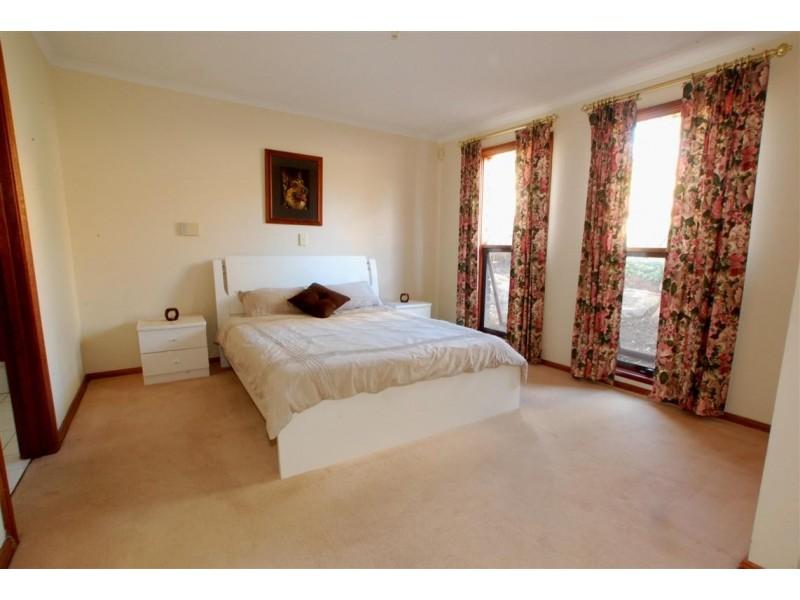 4 Springwood Court, Aberfoyle Park SA 5159