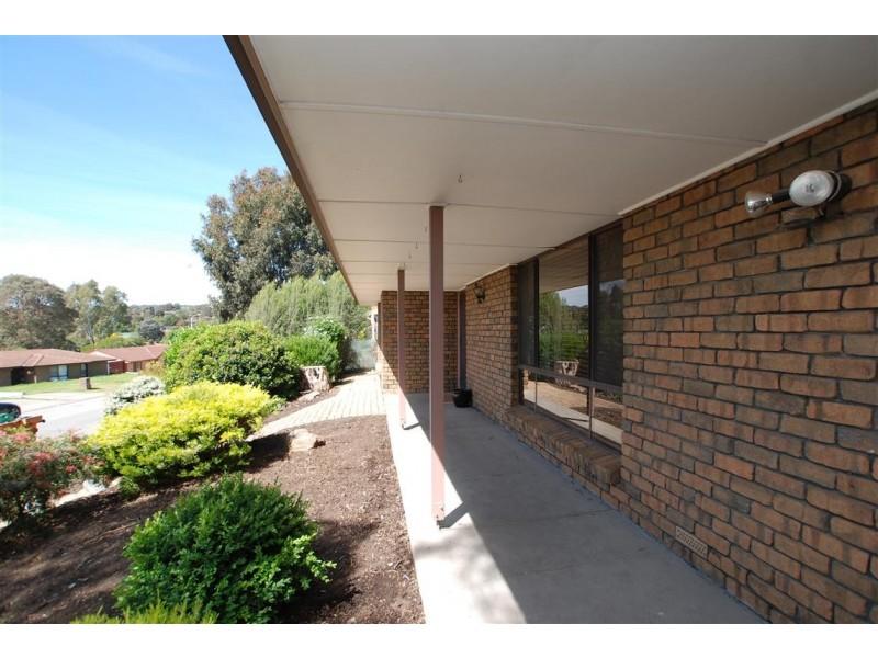 15 Maple Avenue, Aberfoyle Park SA 5159