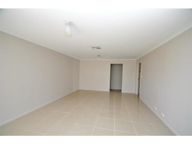 10 Sapphire Way, Aldinga Beach SA 5173