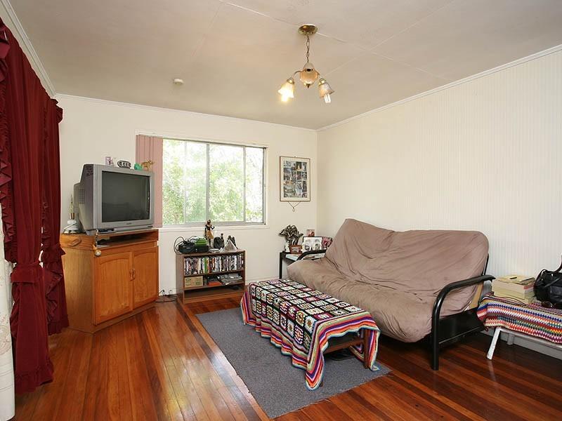 18 SELLARS ST, Acacia Ridge QLD 4110