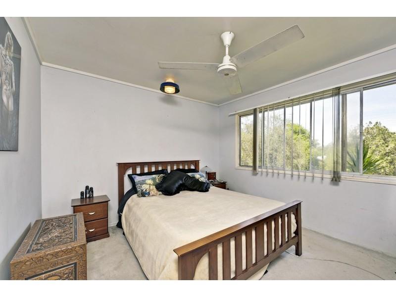 27 WAKLEY STREET, Acacia Ridge QLD 4110
