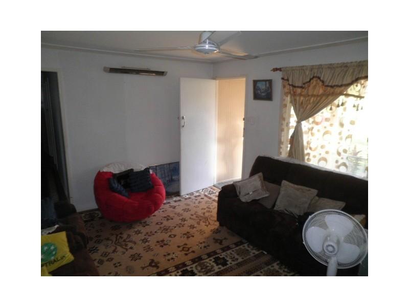 10 Sellars Street, Acacia Ridge QLD 4110