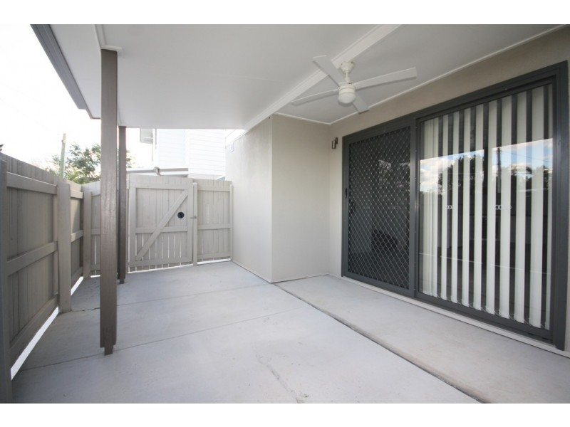 2/37 Sussex Road, Acacia Ridge QLD 4110