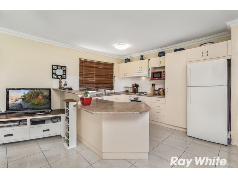 7 Faraday Court, Kallangur QLD 4503
