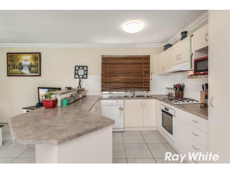 7 Faraday Court, Kallangur QLD 4503