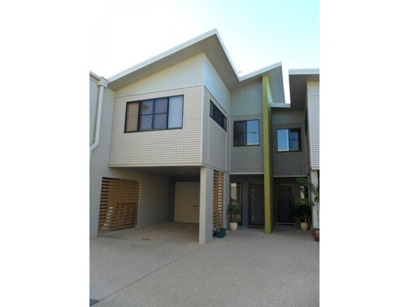 4/6 Whistlers Way, Mount Pleasant QLD 4740