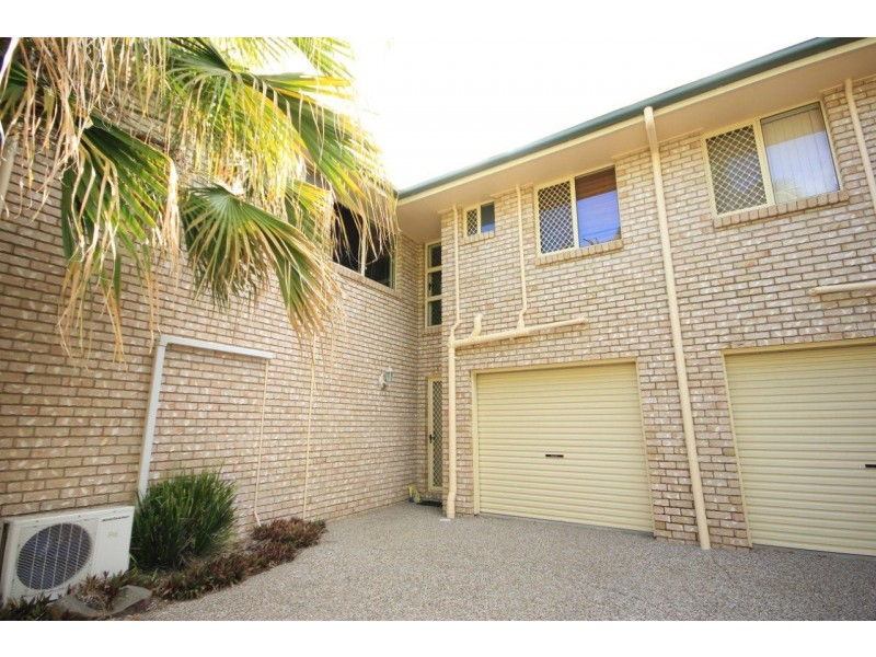 2/454 Bridge Road, West Mackay QLD 4740