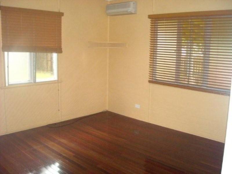 67 Scott Street, South Mackay QLD 4740