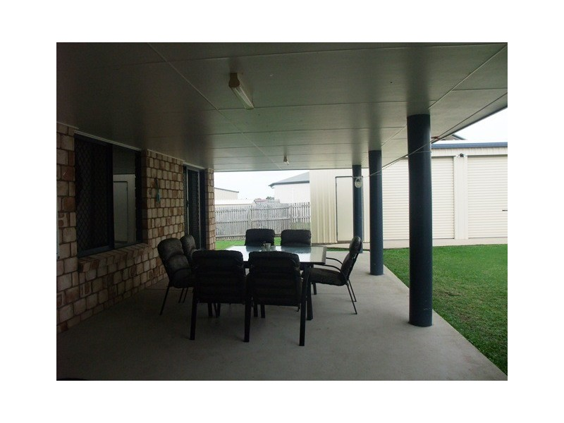 8 Salmon  Court, Andergrove QLD 4740