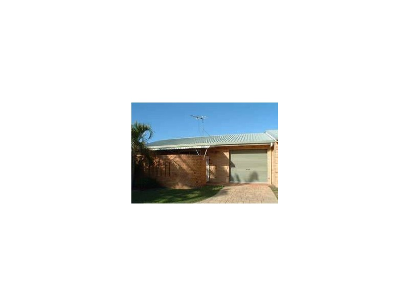 Unit 1-67 Oak, Andergrove QLD 4740