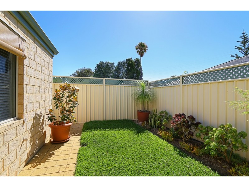 5 Hargreaves Road, Coolbellup WA 6163