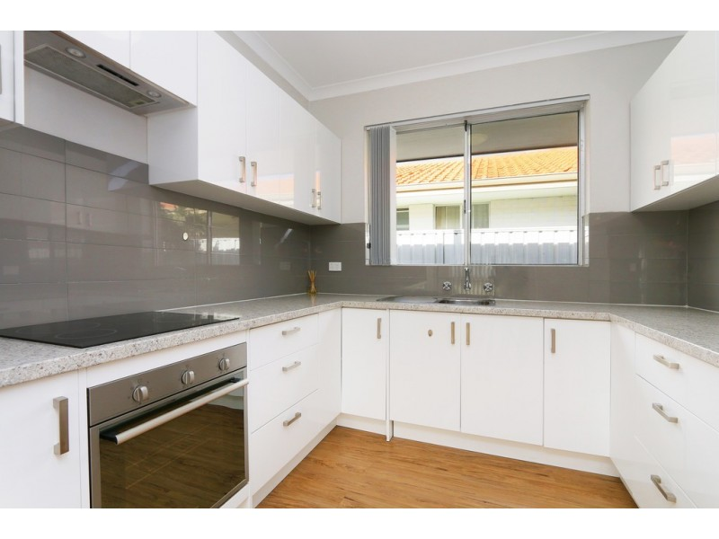26A Duffield Ave, Beaconsfield WA 6162
