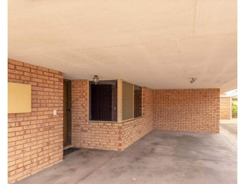 4/7 Tarun Court, Cannington WA 6107