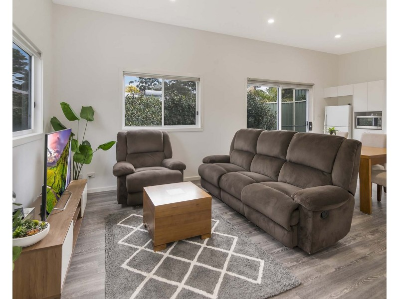 30A Spring Valley Avenue, Gorokan NSW 2263
