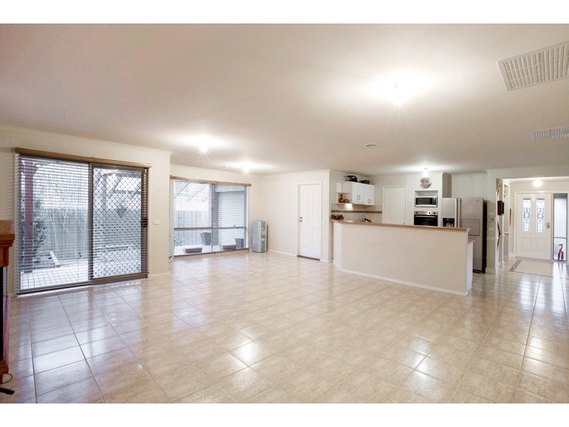 1 Stirling Circuit, Beaconsfield VIC 3807