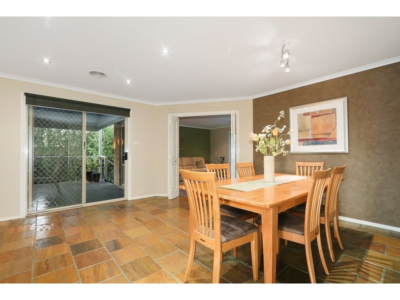 13 Timberside Drive, Beaconsfield VIC 3807
