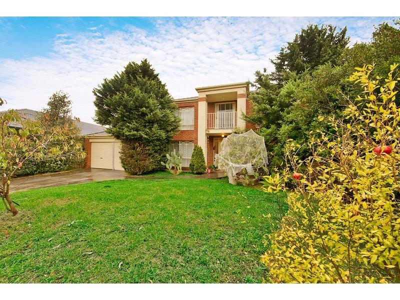 31 Ardblair Terrace, Narre Warren South VIC 3805