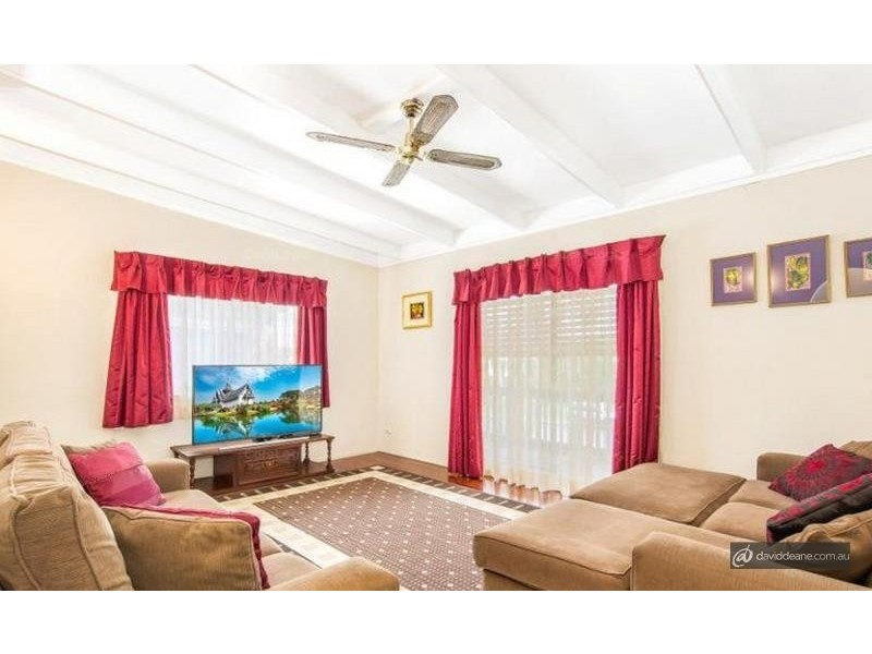 375 Leitchs Road, Strathpine QLD 4500