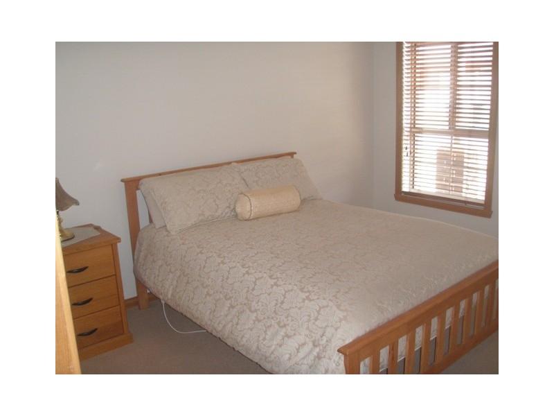 2A Emery Court, Altona Meadows VIC 3028