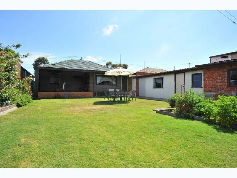 241 Blackshaws Road, Altona North VIC 3025