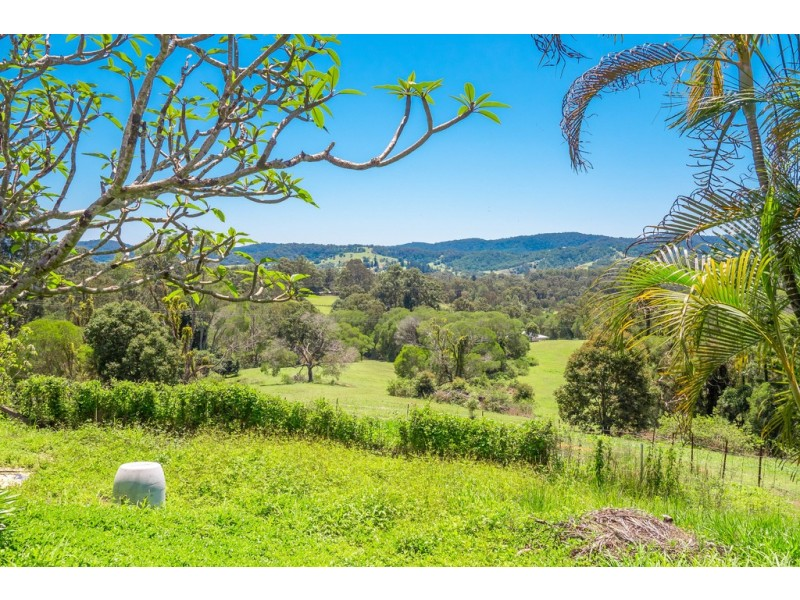 708 Kenilworth Skyring Creek Road, Carters Ridge QLD 4563